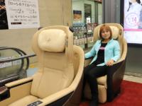 新型名阪特急「ひのとり」のプレミアムシートを体験