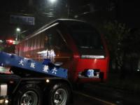 近鉄の新型名阪特急「ひのとり」車両輸送