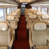 近鉄・新型名阪特急「ひのとり」のプレミアム車両