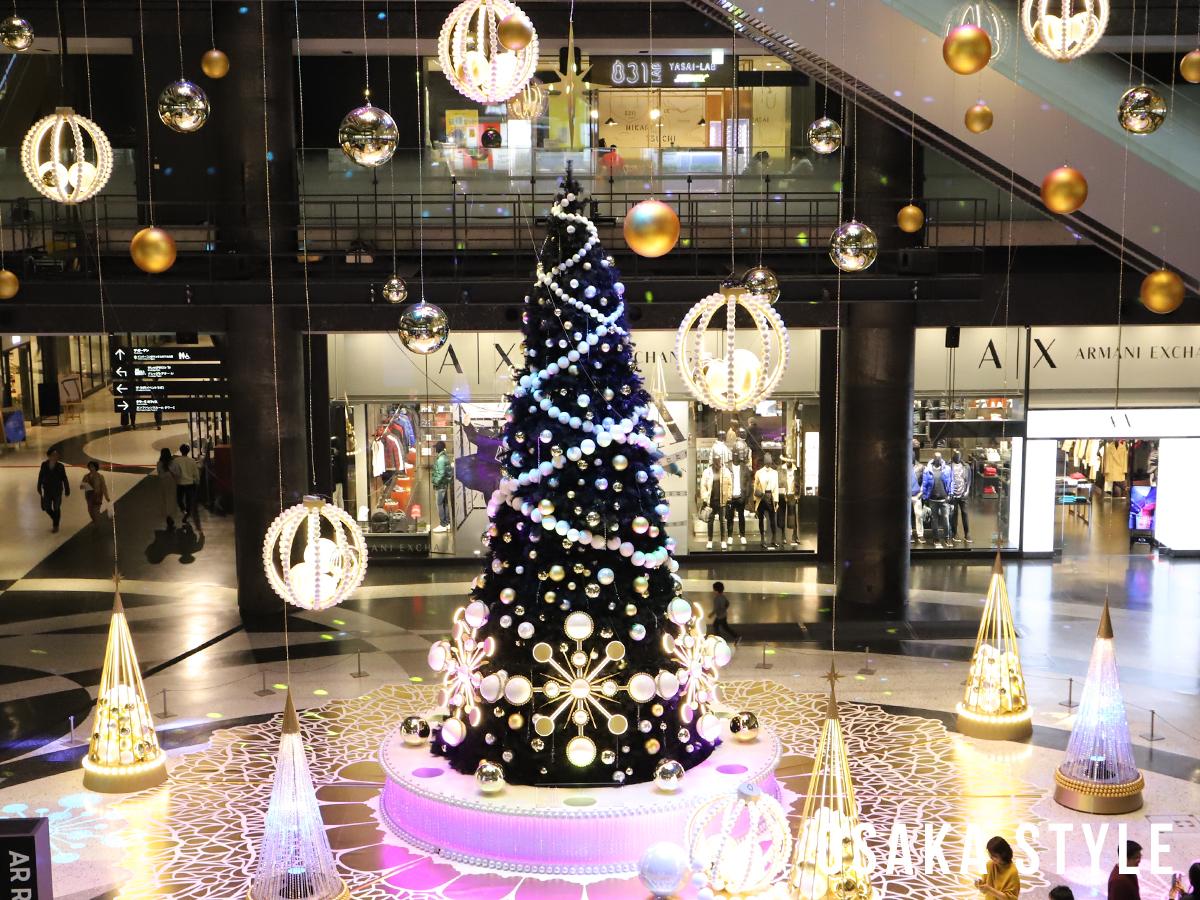 グランフロント大阪のクリスマスツリー