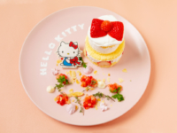 ハローキティのいちごケーキ