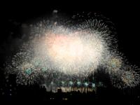 「第32回 なにわ淀川花火大会」は中止