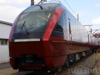 近鉄の新型名阪特急「ひのとり」