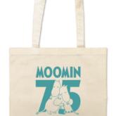 「ムーミン75周年」の記念ロゴがデザインされたトートバッグ