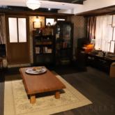 リ・ジョンヒョクの家のリビング