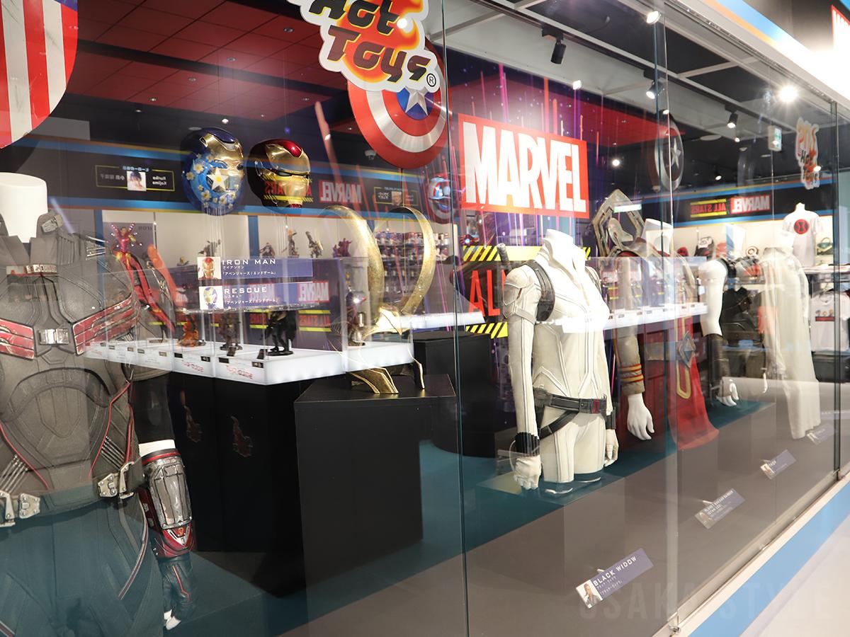 マーベル・スタジオが映画撮影に使用した本物の衣装やプロップ